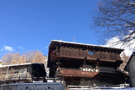 Rascard 1650 - Champoluc - 木屋