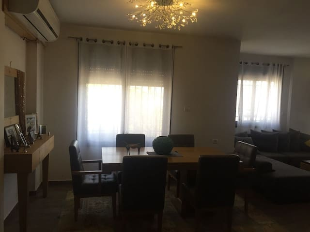 Modern 3-bedroom apt. with garden in Ramallah
