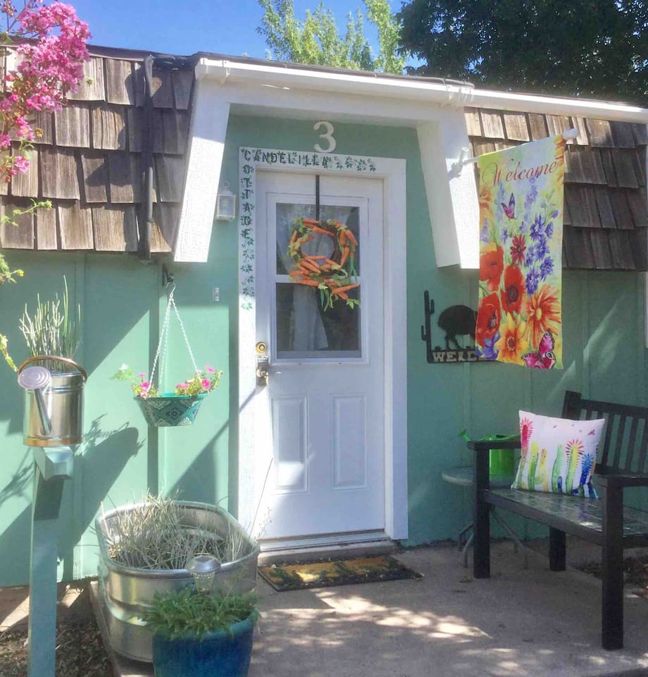 Welcome to Candelilla Cottage with parking just outside the front door.  The keyless entry makes check-in a breeze.  Also, consider Texana and Wayfarers cottages at the same location.