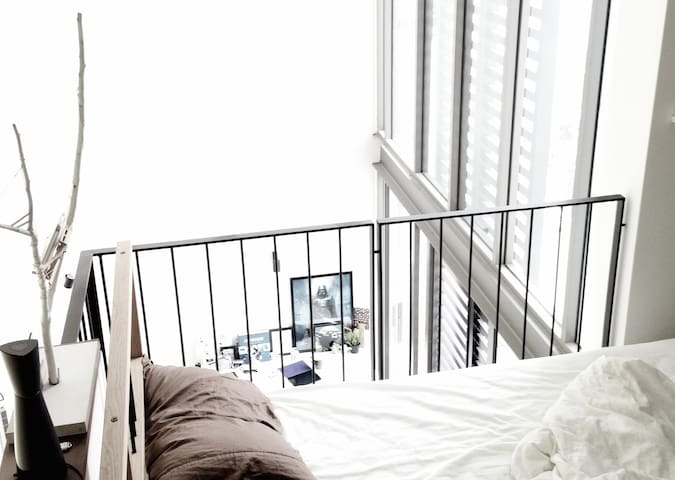 Wake up to this view. You sure will not miss that appointment. If you want to sleep in just pull down the curtains.