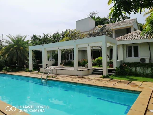 Asmaarah Villa, ECR Beach House