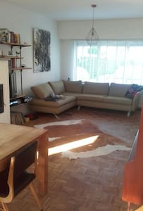 Lots of space, very cosy. NearbyTML - Rumst - Casa