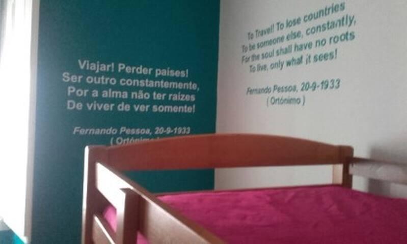 Dormitorio Fernando Pessoa