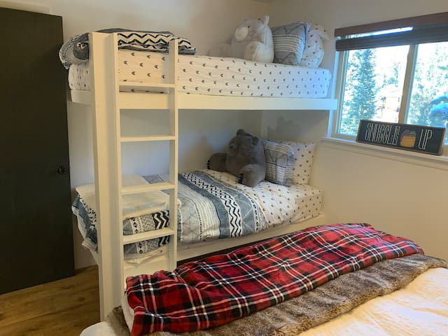 Adult size bunk bed