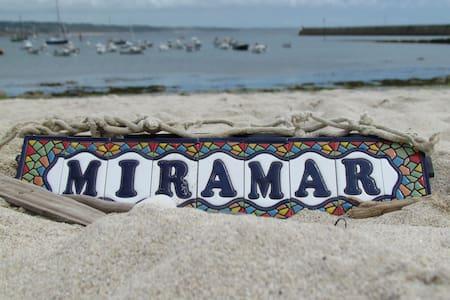 Miramar-Maison de charme vue mer - Dom