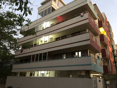Excellent accommodation 4 new to Bangalore folks