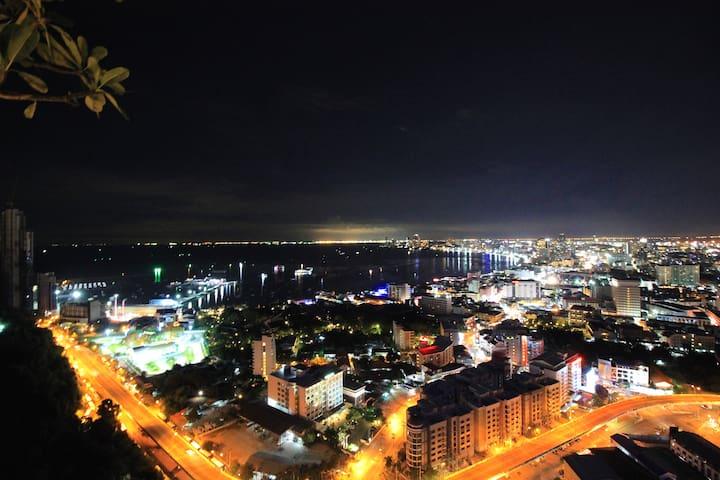 38Floor Unixx Sea View 2 bedroom sweet home - Chon Buri - Pis