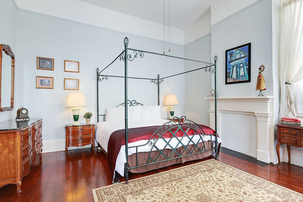 King size bed with plenty of room to move