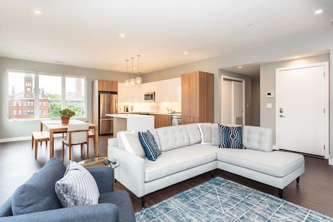 New Super Modern 3 Bed in Waltham