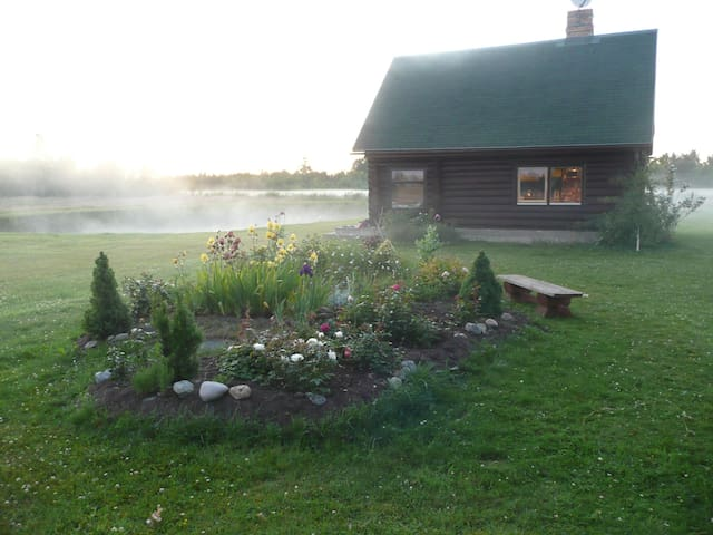 SUMMER HOUSE WITH POND & SAUNA - Jelgava - Huis