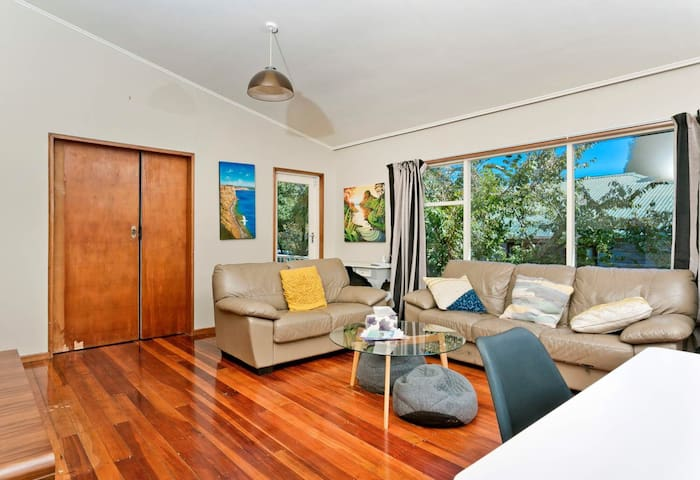 Private Room Located in the heart of Takapuna