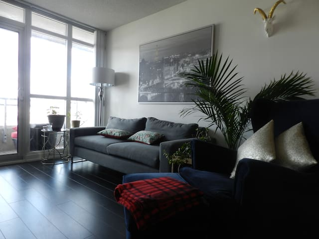 Amazing Condo in the Heart of the City