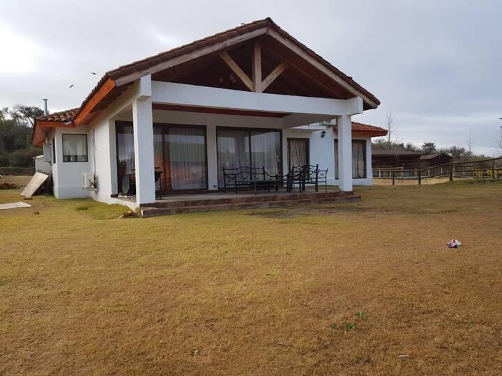Hermosa casa en Lago Rapel arriendo por temporada