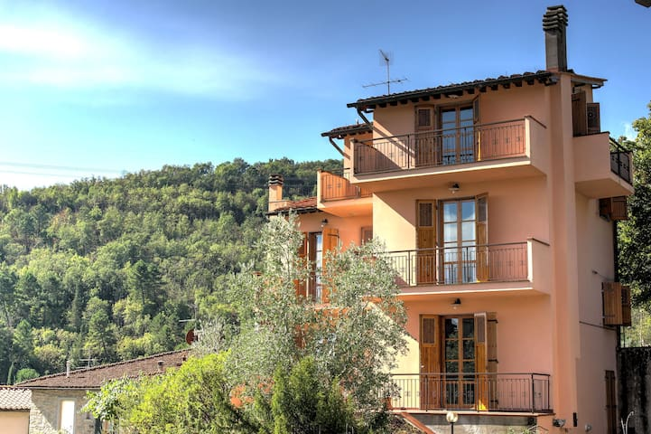 Bright and spacious home in the heart of Tuscany. - Ponte Agli Stolli - บ้าน