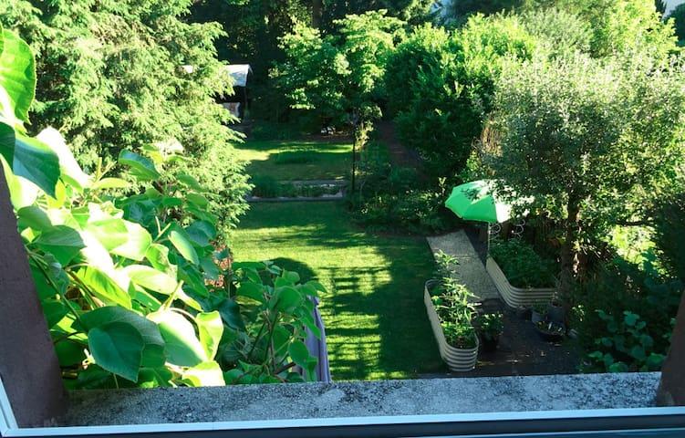Ruhiges Zimmer nähe Woog mit Gartennutzung