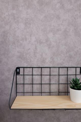 Bedside hanging shelf