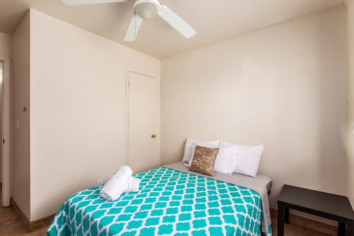 Spacious Bedroom in Downtown Phoenix ~ 2