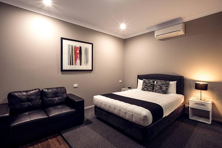 Akuna Spa Apartment - Dubbo - Apartment