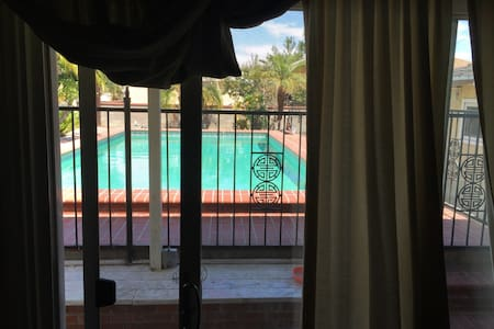 Bed And Breakfast Near Universal Studios Hollywood
