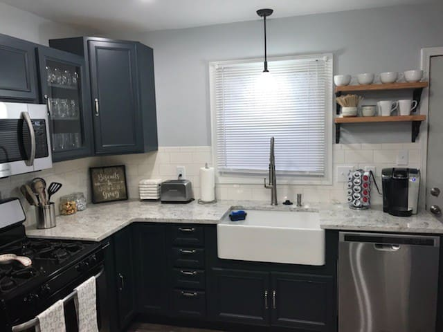 Brand new, fully remodeled kitchen
