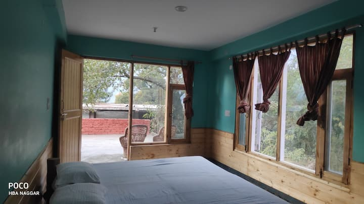 Himalayan Brothers :-Studio Room For Long Stays