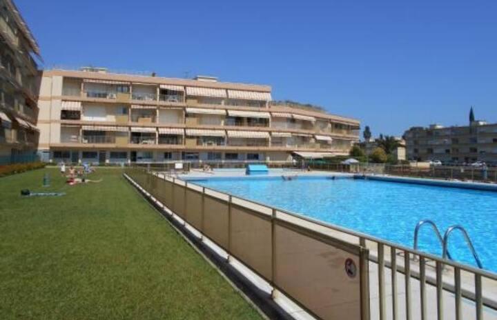 Appart centre ville, calme, piscine juin à octobre
