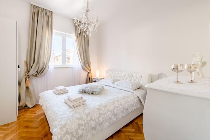 Sweet Little Apartment (2+1)