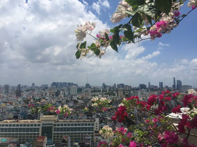 Nice room with beautiful city view. - Ho Chi Minh City - Apartamento