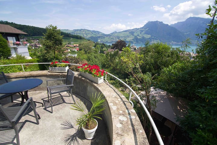 LAKEVIEW Apartment - Door to the Swiss Alps