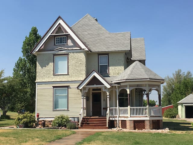 Beautifully Restored Victorian home in Bear Lake - Paris - Ev