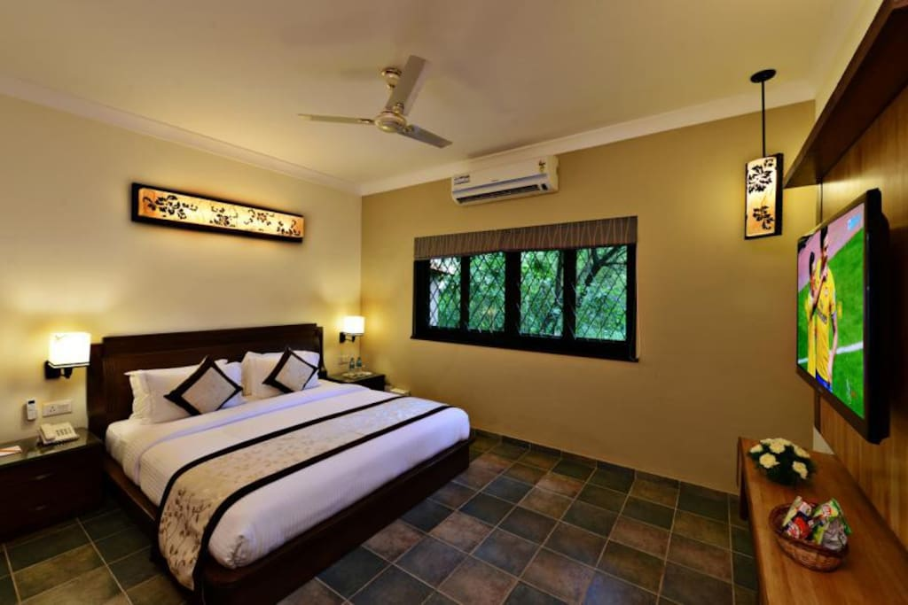 Presidential suite for couples in arpora baga road for Boutique hotels for couples