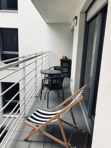 Lovely Studio with a Balcony near Montmartre