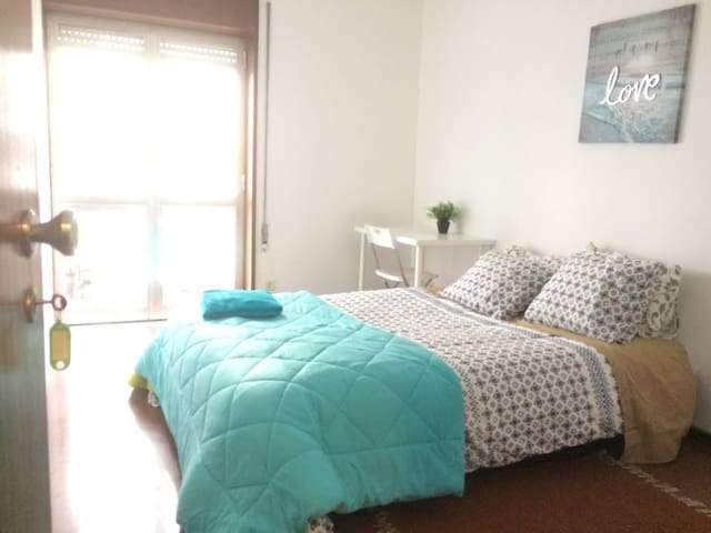 Ready Private Room in Central Porto - Porto - Appartement