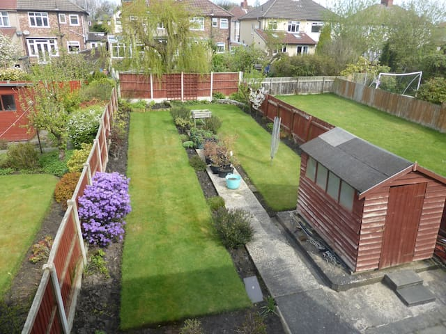 Strawberry Field House 3 bed great value sleeps 5❤️