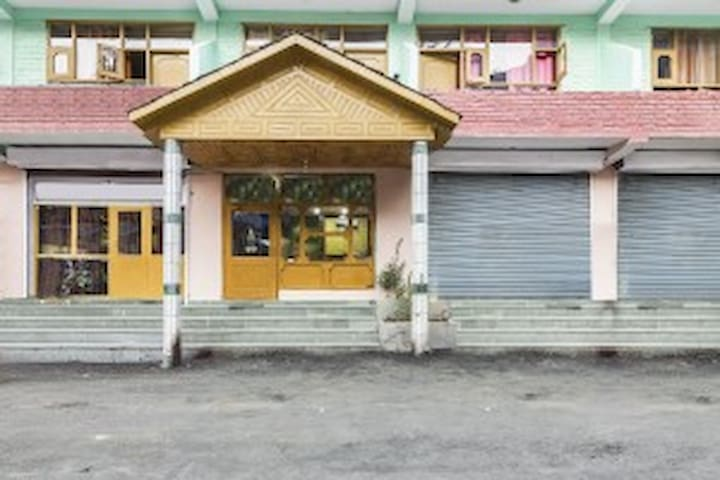 Riverside abode for 3, 200 m from Chail Trail/7593