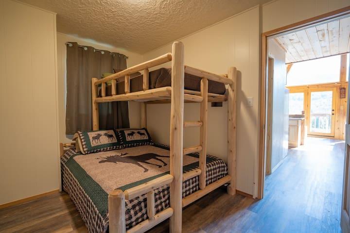 Queen & Twin XL bunk