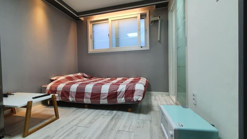 24♡NEW♡주방, 욕실, 침실 단독사용!! 모던하고 깔끔한 인테리어!! 가성비최고!^^