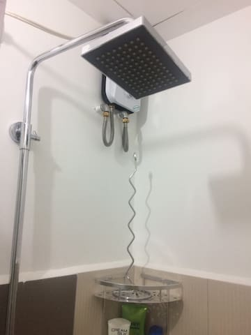 Shower are with water heater