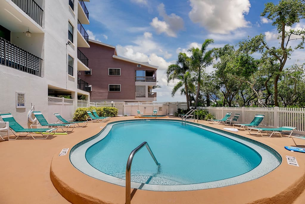 Spend time by the sparkling shared pool and hot tub.