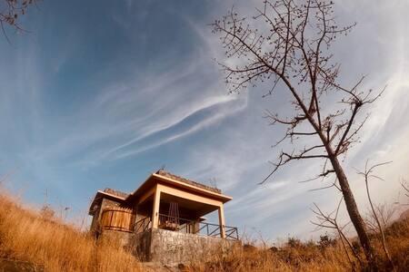 Bella Basera Stone Cottage Kumbalgarh