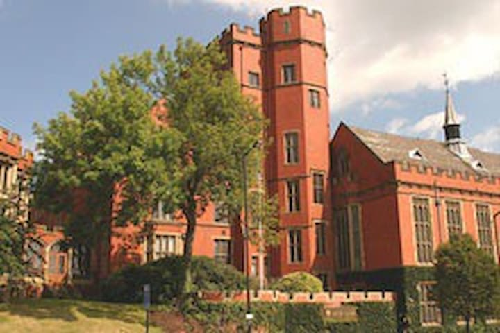 Central location. University of Sheffield & City
