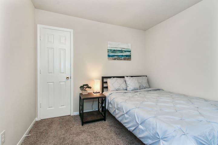 -2nd Bedroom- *Queen Bed *Walk-in Closet *Storage Dresser *Side table with Lamp *Venetian blinds