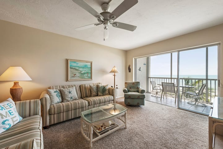 Sanibel Surside 135, 2 bed, 2 bath, Steps to Beach