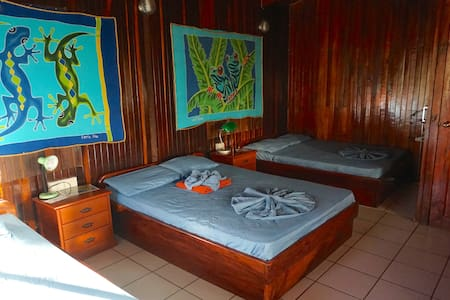 Private Suite cosy&close to Montezuma beach&town - Montezuma