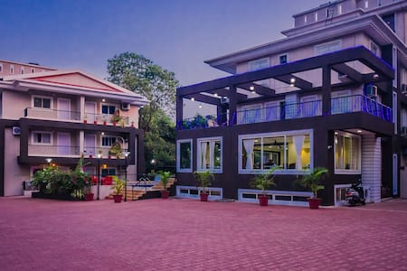 2 Bedroom Apartment for 6 with Pool Anjuna