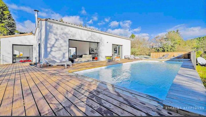 Villa Design piscine Nature Zen Anduze