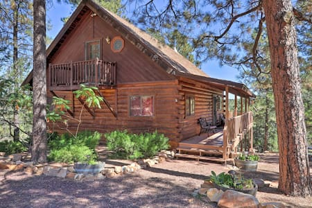Charming Rustic Cabin in the Pines w/Deck & Views!