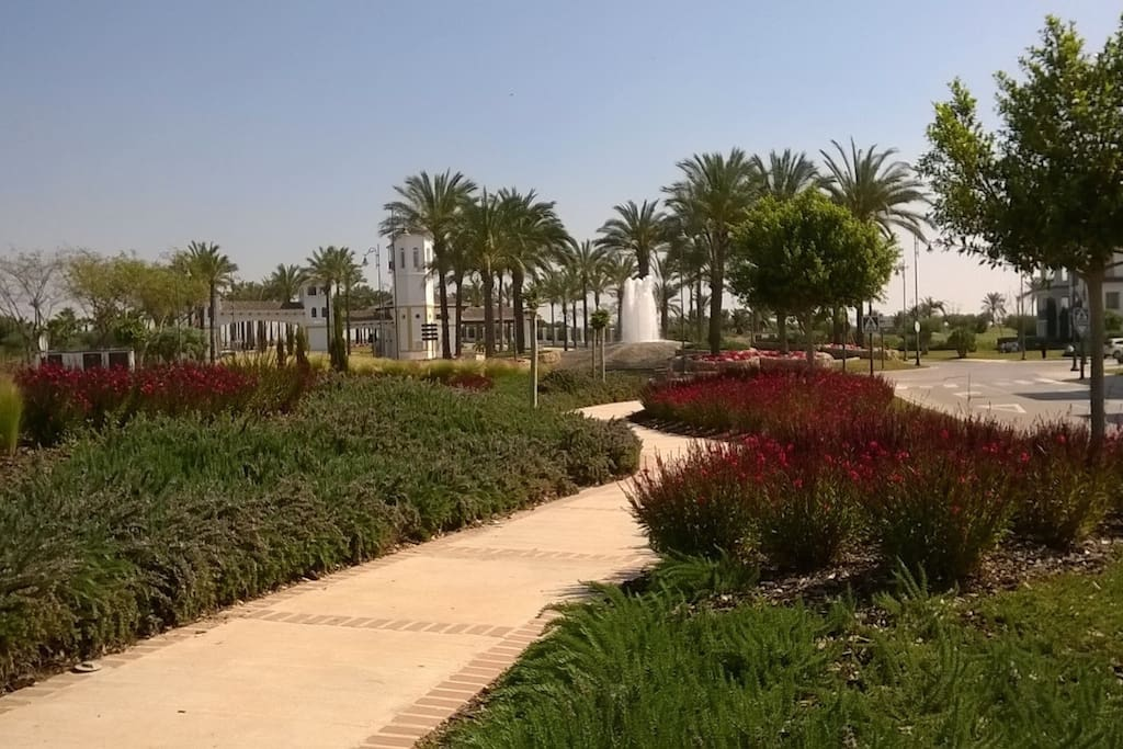 Beautifully landscaped, safe resort 24h security