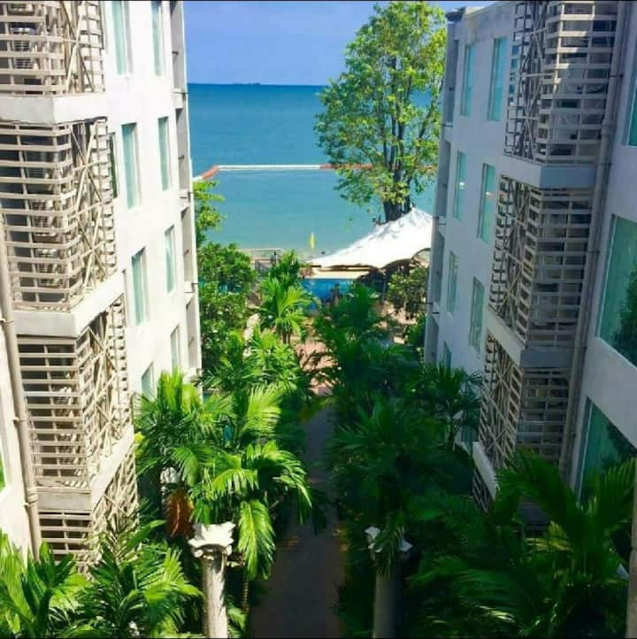 Nice Private Beach in North Pattaya Condo for Rent