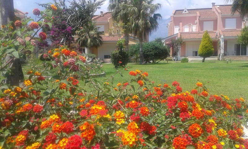 Eşyalı kiralık villalar - Çamyuva Belediyesi - Villa